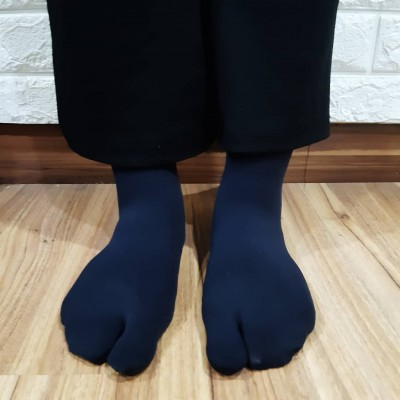2 Toe Lady Sock- Black